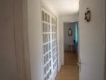 Nouveauté 2020 : création d'un couloir rendant les deux chambres indépendantes, portes à galandage fermées, rideaux fermés