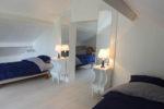 Les chambre n°2 et n°3 à l'étage avec deux lits simples